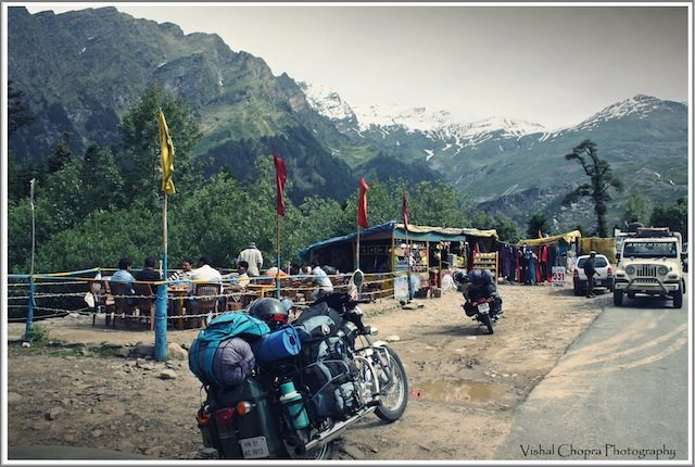 On the way to Rohtang