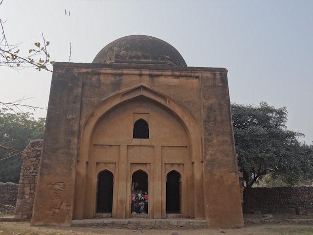Tohfewala Gumbad Masjid