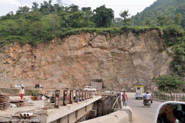 Roads towards Dharamshala, Delhi, Shimla