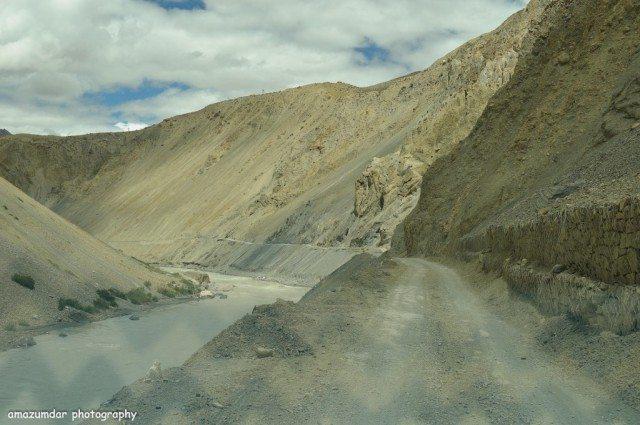 Road to Dhankar