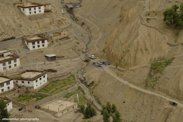 Trek to Dhankar - Our Cab down below