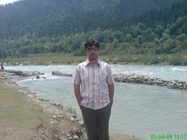 Me at the bank of Sindh River