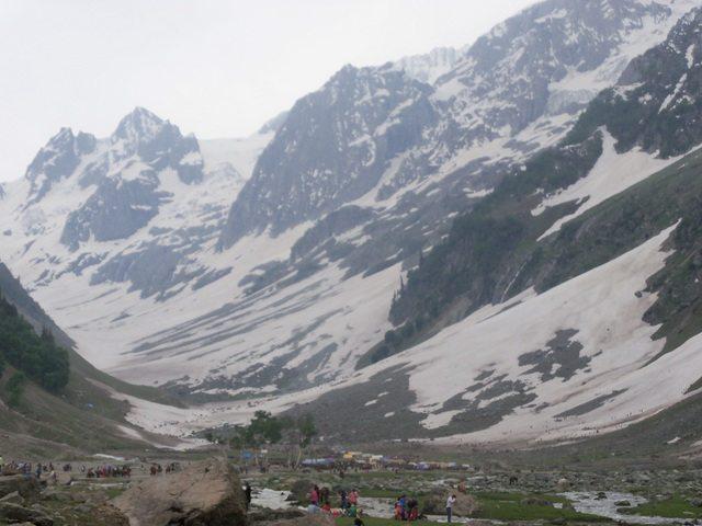 The mighty Thajiwas glacier