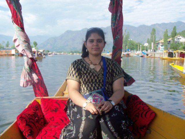 Elder daughter Bhakti in Shikara