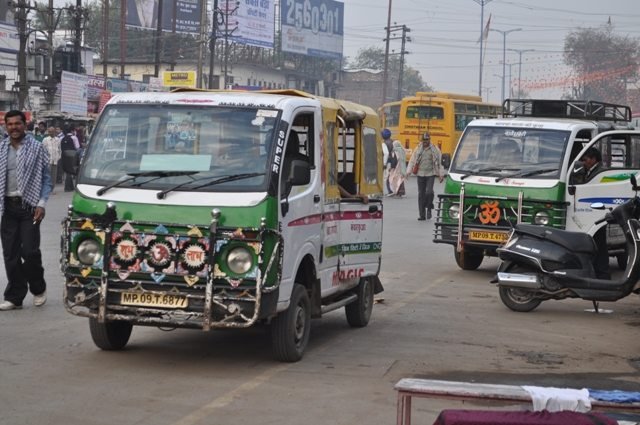 Local taxis running in Indore on per passenger basis.