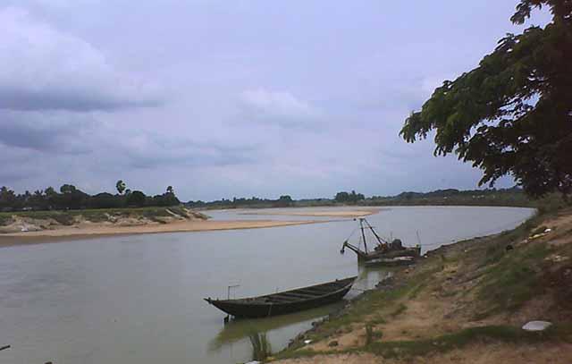 Damodar River. My kind of place