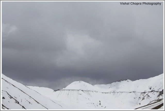 Bad weather at KhardungLa