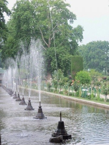 Beautiful fountains in Shalimar