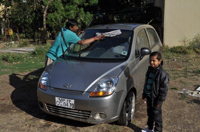 Beautification drive of the car for Mandu picnic