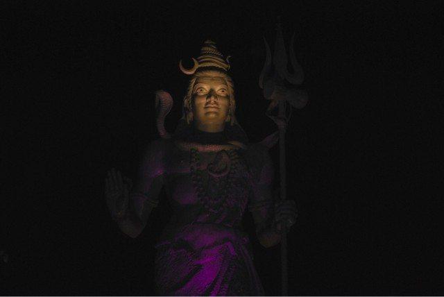 हरीद्वार मे लगी शिव मूर्ती।