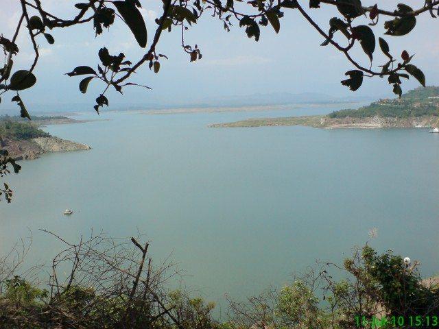 Ranjit Sagar lake