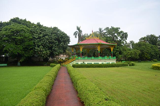 Eden Gardens Lawn