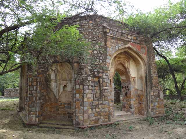 Khan Shahid Tomb