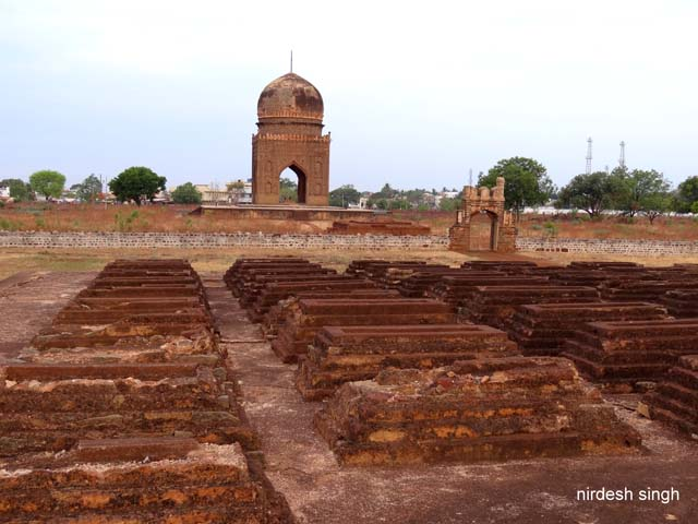 Necropolis of Deccan Garden with Ibrahim Barid Tomb in background