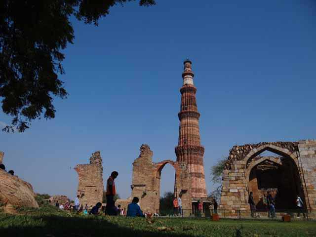 Qutb Minar - View from Alauddin Madarsa