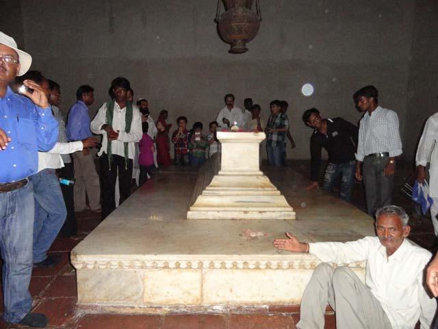 अकबर की कब्र का दृश्य