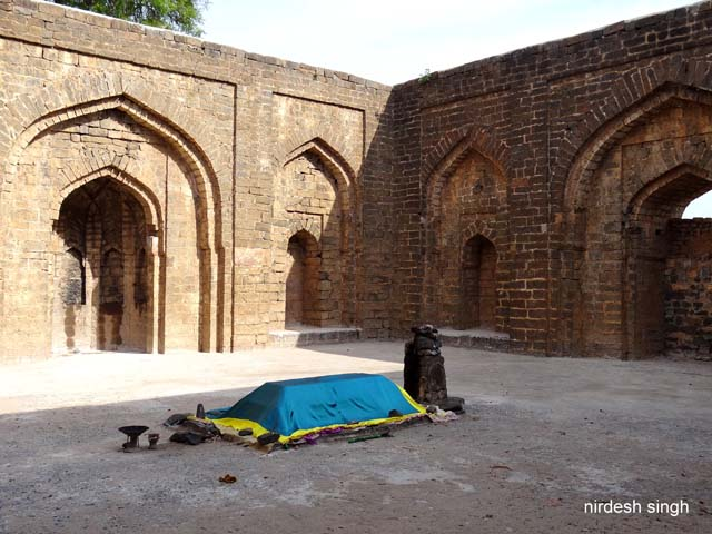 Nizam Shah Tomb with Grave and Mihrab