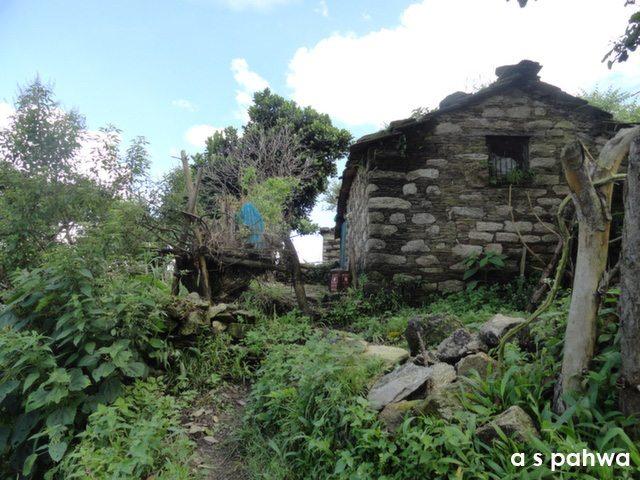 ये कोई मकान नही, एक घर है, तमाम विपरीत हालातों में भी...