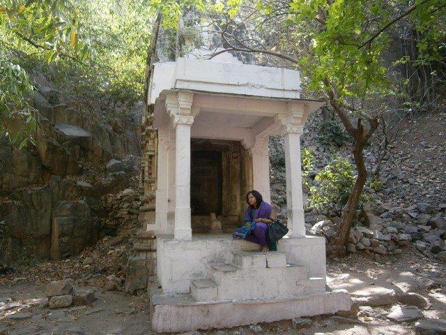 एक अन्य मंदिर