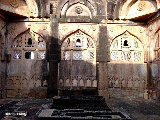 Bada Madarsa - Exquisite Jaalis