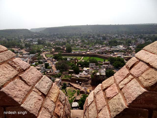 Chanderi - View of City from Chanderi Fort