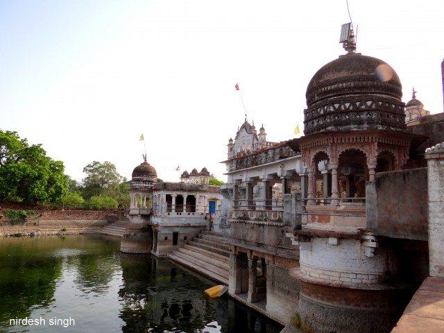 Parmeshwar Tal and Laxman Temple