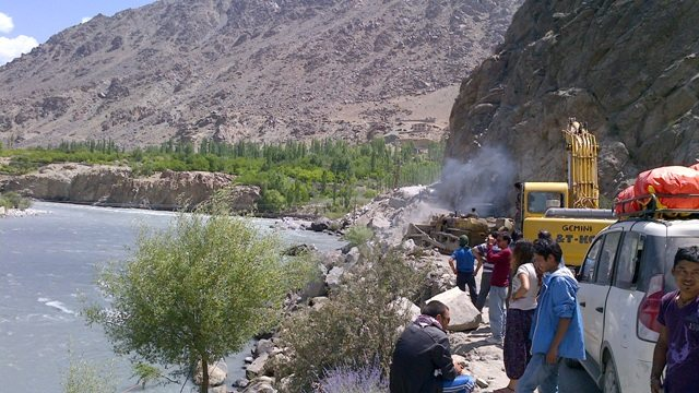 Road Block at Kargil