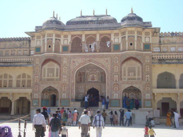 आमेर फोर्ट का मुख्य प्रवेशद्वार