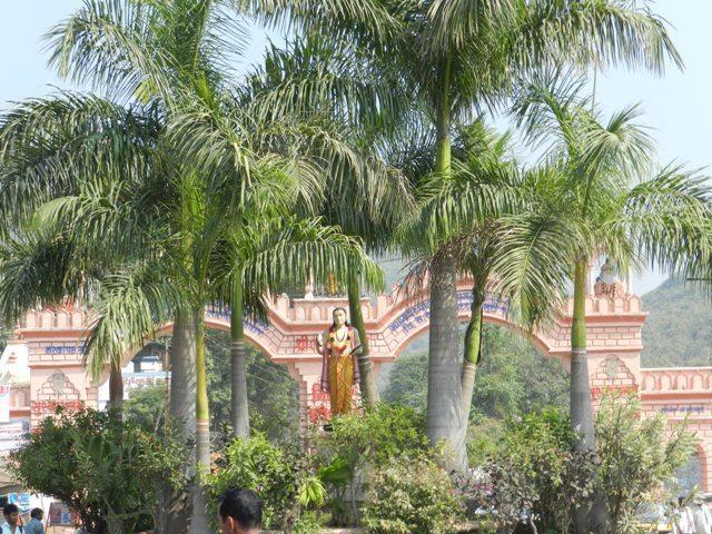 Gateway to Girnar Taleti