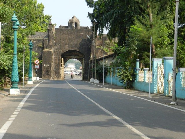 Inside the Daman Fort