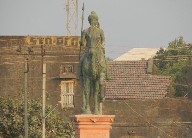 Veer Hamirji Gohil Statue