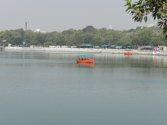 Wild-Urban Kankaria Lake