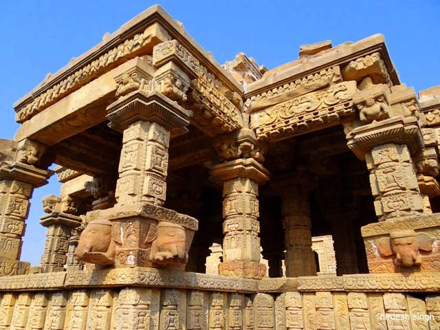 Padawali Temple - Hiding its Treasure of Sculpture