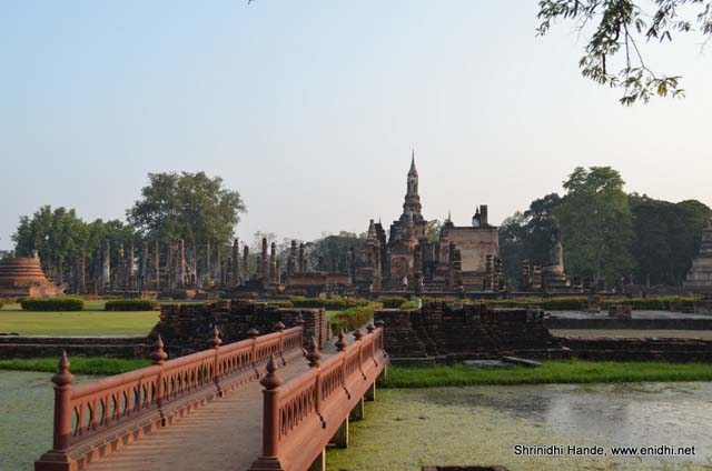sukho thai ancient structures