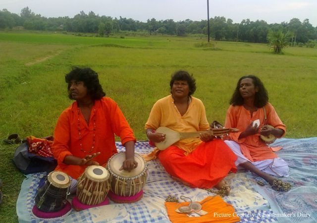 Baul singers at the fair