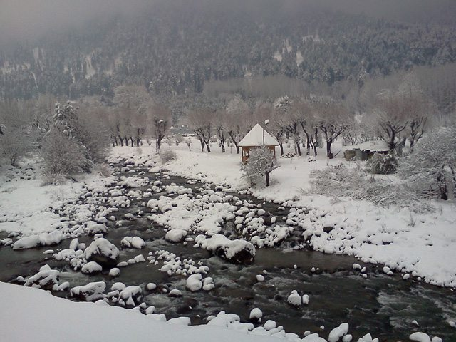 Lidder River runs through Pahalgam