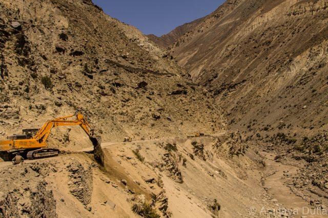 Border Road Organization (BRO) clearing a landslide