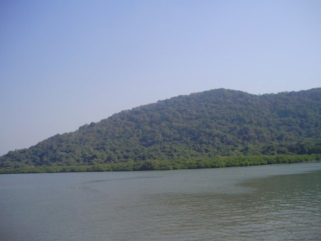 Gharapuri Island Mountain