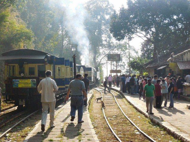 Passengers taking break at Hillgrove station
