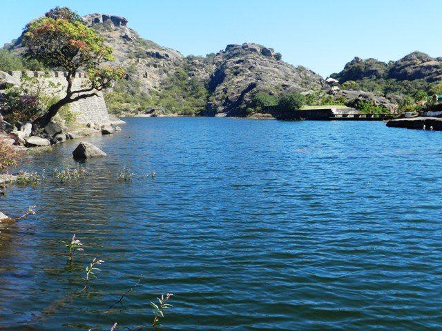 Lakes & Hills