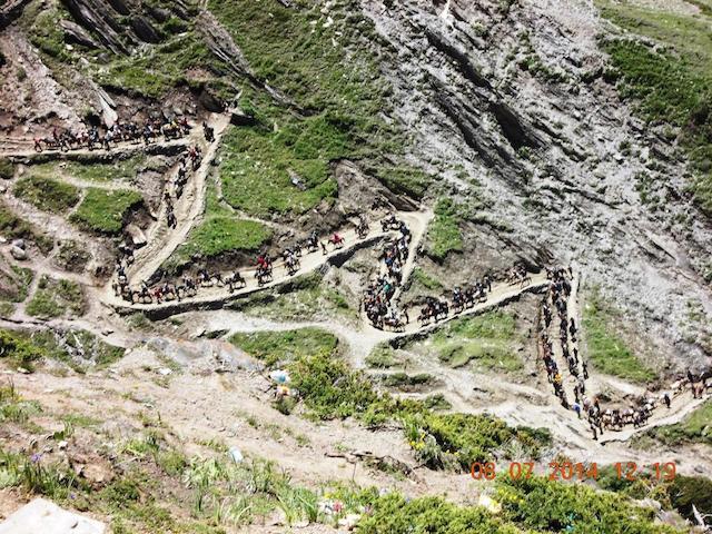 संगम घाटी से संगम पॉइंट तक खड़ी चढाई