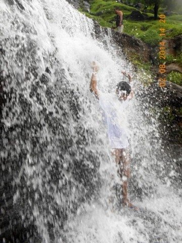 Splashing in Jummapatti