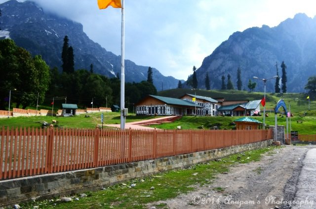 Sonamarg Club
