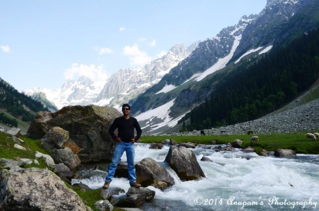 My friend Prabir near the stream from Thajiwas Glacier
