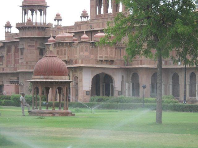 Laalgarh Palace
