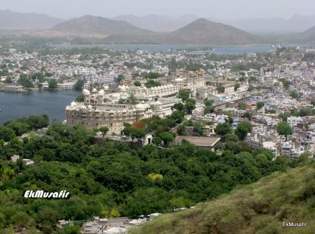 City Palace and Udaipur viewed from Karni Mata Hill.