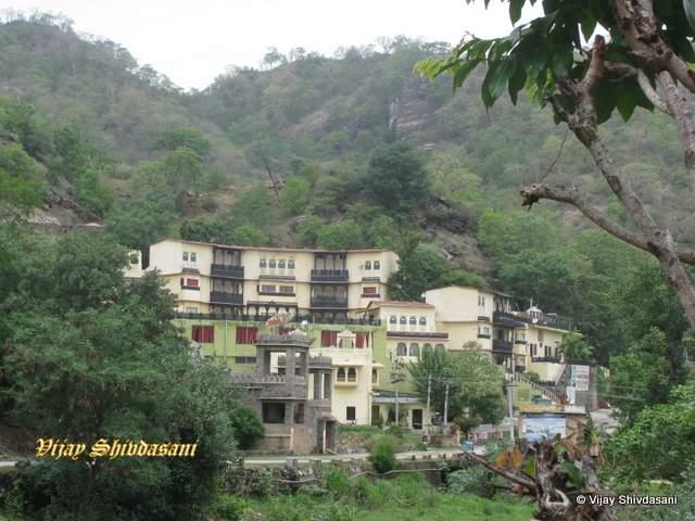 Kumbhal Castle & Kumbhal Palace Resorts.