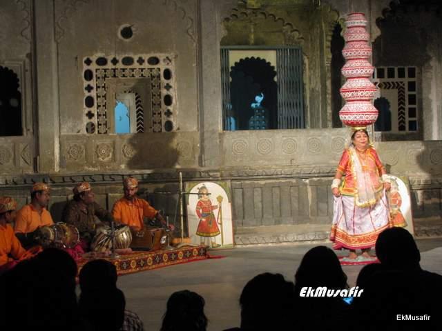 Mesmerising Rajasthani dance.
