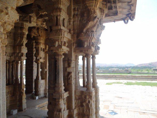 The musical pillars