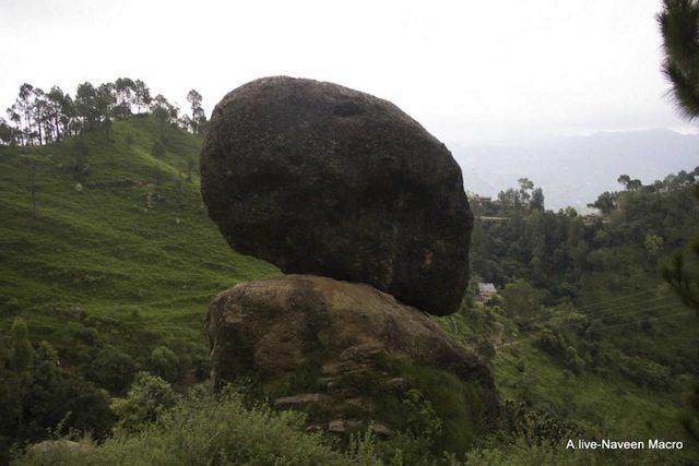 Hanging-stone